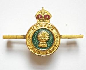 World War Two Women's Land Army Tie Pie Badge