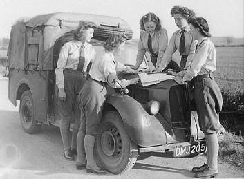 http://www.womenslandarmy.co.uk/archive-material/the-land-girl-ww2/