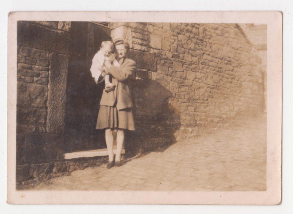 Marietta and child photo 3