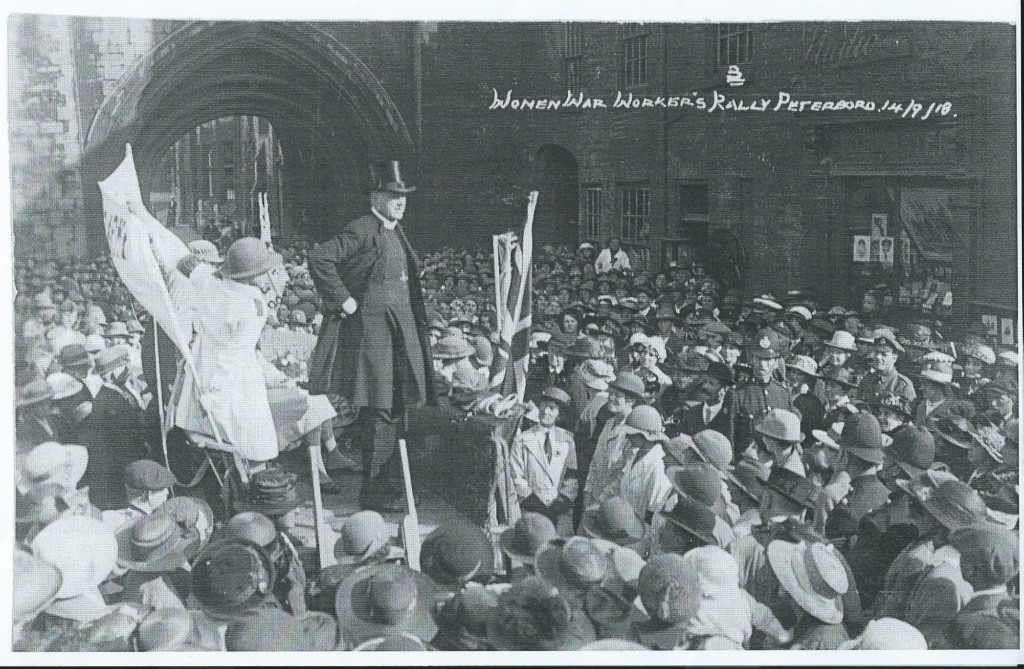 WW1 Land girls and others addressed by Bishop at Women War Workers Rally, 14 Sept 1918