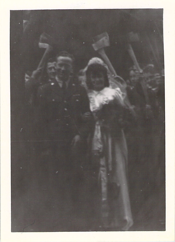 """Yankee Tmber Corps Wedding"", at Wutton Church, July 1943."