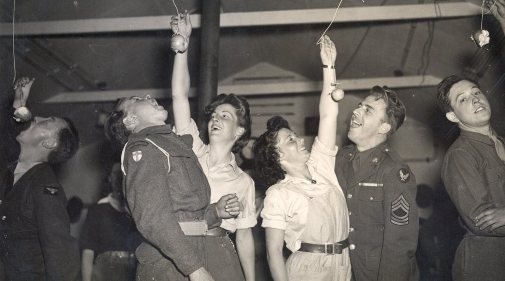 Milton_Ernest_halloween_party_organised by hutment hostel land girls for local British and American troops
