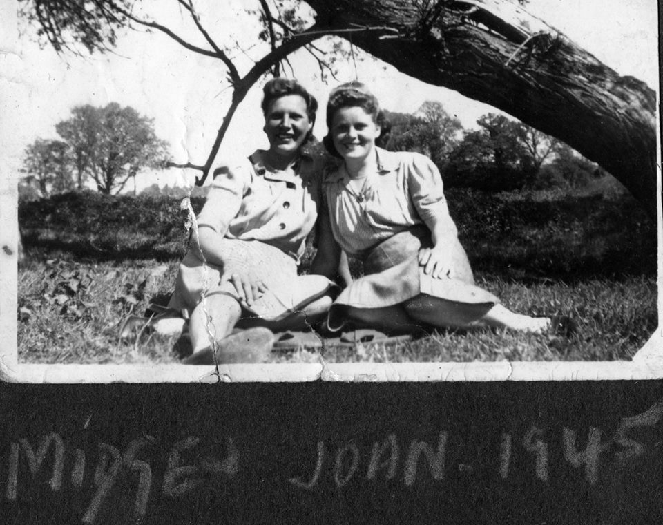 Land Girls Midge and Joan Maunder on 5th June 1944